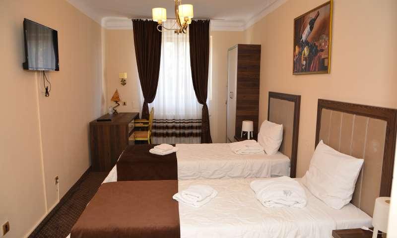 Dvokrevetna soba sa dva odvojena kreveta